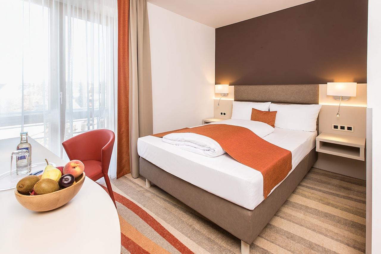 business zimmer franz sisch hotel kapuzinerhof. Black Bedroom Furniture Sets. Home Design Ideas